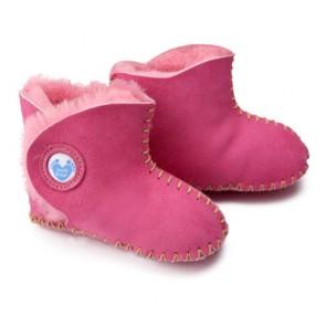 Cwtch Cyclamen Pink  sheepskin booties